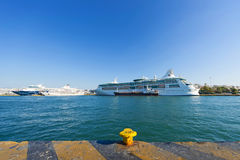 Cruise-ships at the port of Piraeus Royalty Free Stock Photography