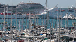 Cruise ships and recretional watercrafts and yachts Royalty Free Stock Photography