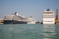 Cruiseschepen Stock Foto's