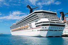 Cruiseschip in Nassau, de Bahamas Stock Fotografie