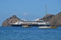 Cruiseschip van het Eiland Nuka Hiva wordt vastgelegd die Royalty-vrije Stock Fotografie