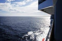Cruiseschip weg Stock Afbeeldingen