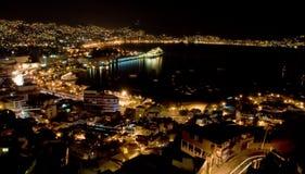 Cruiseship que refleja en la noche Foto de archivo