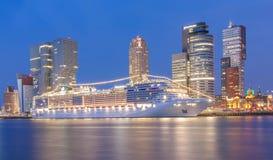 Cruiseshipdoctorandus in de exacte wetenschappen Splendida royalty-vrije stock foto