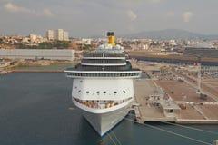 Cruisevoering die in haven wordt vastgelegd Marseille, Frankrijk stock afbeelding