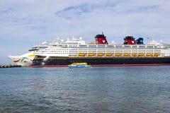 Cruiship in Cozumel Mexico stock fotografie