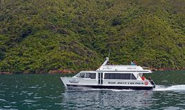 Cruising in The Marlborough Sounds New Zealand Royalty Free Stock Photo