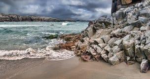 Cruit海岛,剧烈的天空 库存图片