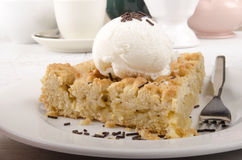Crumb cake with vanilla ice cream Stock Image
