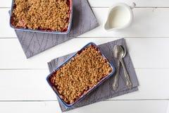 Crumble da morango (café da manhã saudável) Imagem de Stock
