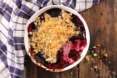 Crumble do fruto de baga imagem de stock royalty free
