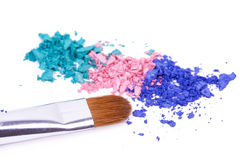 Crumbled eye shadows with professional make-up bru Royalty Free Stock Photography