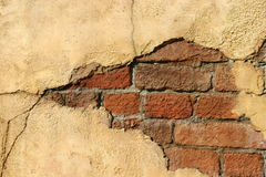 Crumbling wall Royalty Free Stock Photos