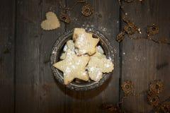 Crumbly домодельное печенье арахиса в винтажном стиле Стоковая Фотография