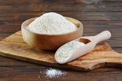 Crumbs ψωμιού στο κύπελλο Στοκ Εικόνα