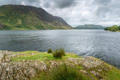 Crummock水,湖区英国看法  库存图片