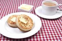 Crumpets и варенье Стоковая Фотография RF