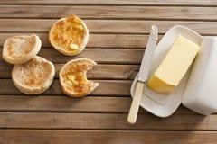 Crumpets et beurre Photo libre de droits