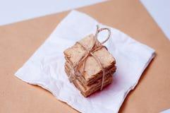 Crunchy Biskuite mit Rosmarin Stockfotografie