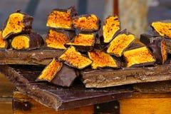 Crunchy honeycomb cukierku czekolada Zdjęcia Royalty Free