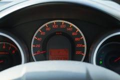 Cruscotto dell'automobile Chiuda sul quadro portastrumenti di immagine Fotografie Stock