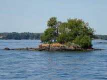 Cruse в островах ` s тысячи Канады Стоковые Фотографии RF