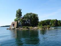 Cruse nelle isole del ` s mille del Canada Fotografia Stock