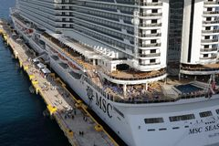 Cruse statku MSC nadmorski w Costa majowiu zdjęcie royalty free