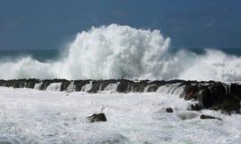 Crushing wave Royalty Free Stock Photos
