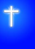 Cruz blanca en fondo azul Foto de archivo libre de regalías