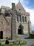Cruz céltica en Iona Isle (Escocia, Reino Unido) Fotos de archivo