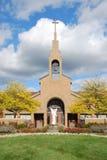 Cruz católica silueteada Imágenes de archivo libres de regalías