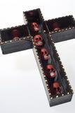 Cruz com crânios Fotos de Stock Royalty Free