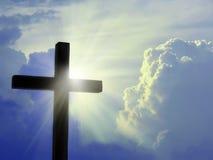 Cruz contra el cielo Fotografía de archivo libre de regalías
