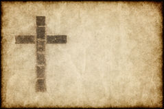 Cruz cristã no pergaminho Fotografia de Stock Royalty Free