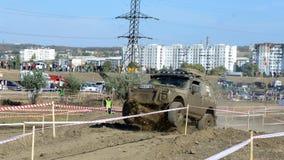 Cruz de ensayo 4x4 del jeep del Moldavia Ohei Foto de archivo