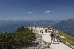 Cruz de la cumbre encima del Kehlstein en Berchtesgaden, Alemania, Imagenes de archivo