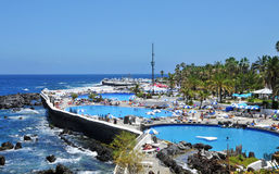 cruz de la lago martianez puerto西班牙tenerife 库存图片