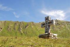 Cruz de la montaña Fotos de archivo