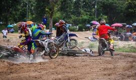 Cruz de Moto da raça do acidente Imagens de Stock Royalty Free