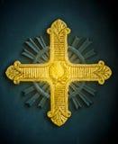 Cruz de oro fotos de archivo libres de regalías