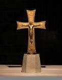 Cruz de oro Fotografía de archivo libre de regalías