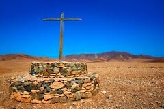 Cruz de Tuineje en Fuerteventura en las islas Canarias Imagen de archivo libre de regalías