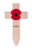 Cruz del día de la conmemoración con la amapola Imagen de archivo libre de regalías