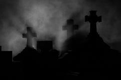 Cruz do Headstone no cemitério. Imagens de Stock