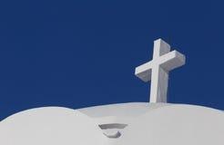 Cruz en catedral metropolitana ortodoxa en Fira foto de archivo libre de regalías