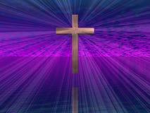 Cruz en cielo púrpura Foto de archivo libre de regalías