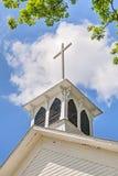 Cruz en el campanario Fotos de archivo libres de regalías