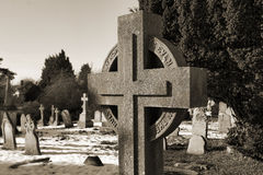 Cruz en el cementerio de Ely Imagen de archivo libre de regalías