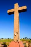 Cruz en un lado del país de la iglesia foto de archivo libre de regalías